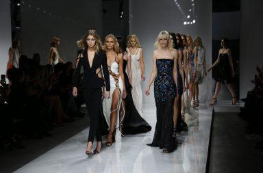 Versace en el Paris Haute Couture Fashion Week
