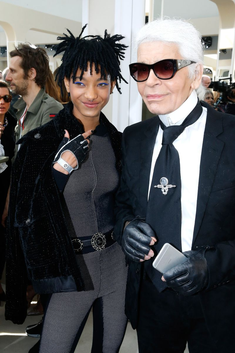 Willow Smith, con Karl Lagerfeld, para Chanel