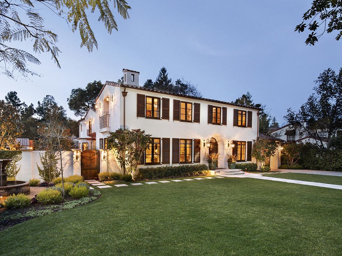 La nueva casa de Mark Zuckerberg en Palo Alto es un buen reflejo de la tradicional modestia del creador de Facebook.