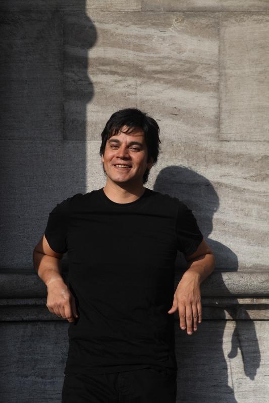 Lucho Quequezana (533x800)