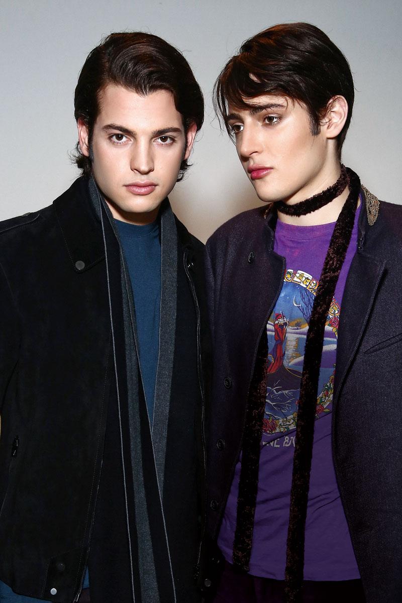 Peter II ha seguido los pasos de su madre en el modelaje. Harry estudia en Bard College, en Nueva York, y ha mostrado interés en el diseño de joyas.