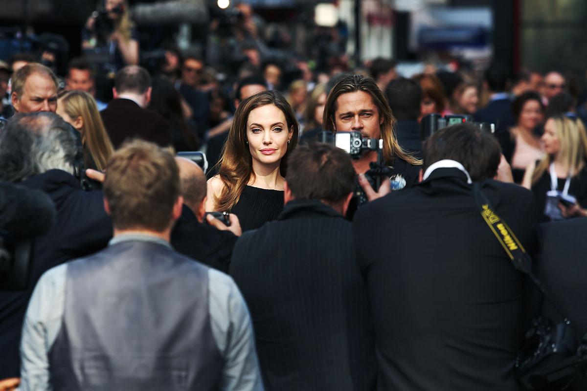 Tras casi una década juntos, Jolie y Pitt se casaron en agosto de 2014, en una ceremonia íntima que se celebró en su residencia de Château Miraval.