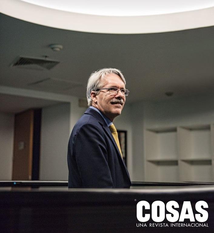 La primera vez que Alfredo Torres participó en el cónclave fue en 1983, cuando era asesor del entonces ministro de Trabajo Alfonso Grados.