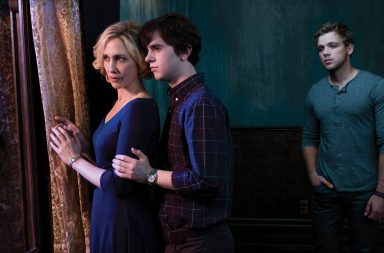 Bates Motel, además de Friends From College