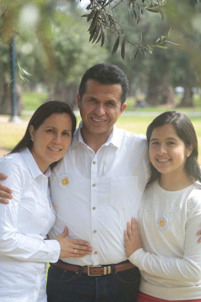 Vidawasi: Jesús Dongo y su familia