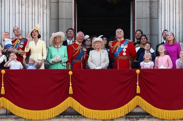 Trooping the colour coronación de Elizabeth II