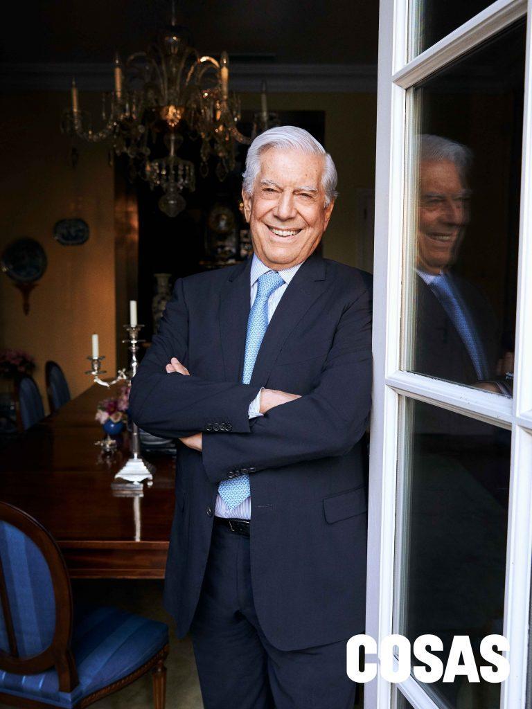 El escritor Mario Vargas Llosa se pronunció sobre la situación que se vive en el Perú.