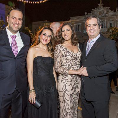 Angelo Pinasco, Alejandra Santisteban, Jackie Zaidan y Rodrigo Planas.