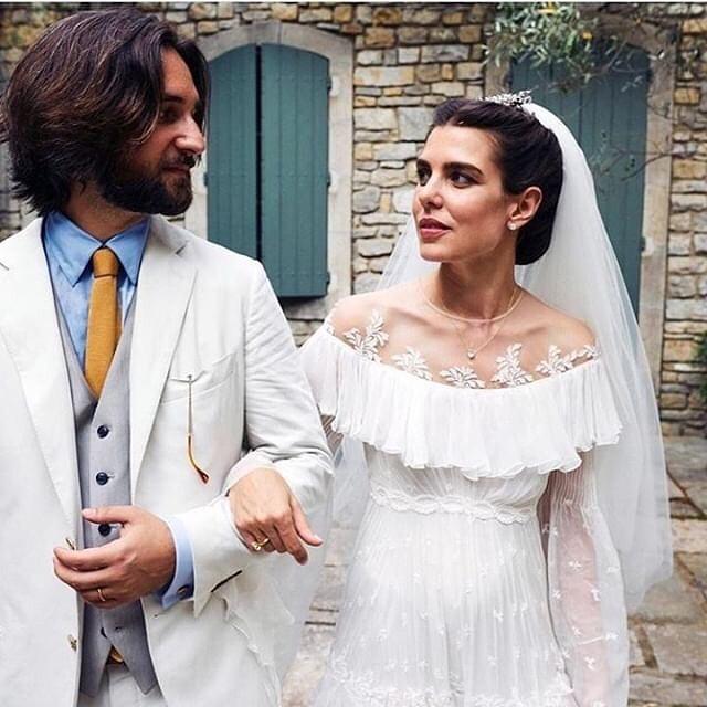 vestido de novia Charlotte Casiraghi 1