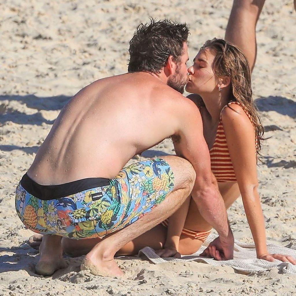Miley Cyrus Liam Hemsworth (1)
