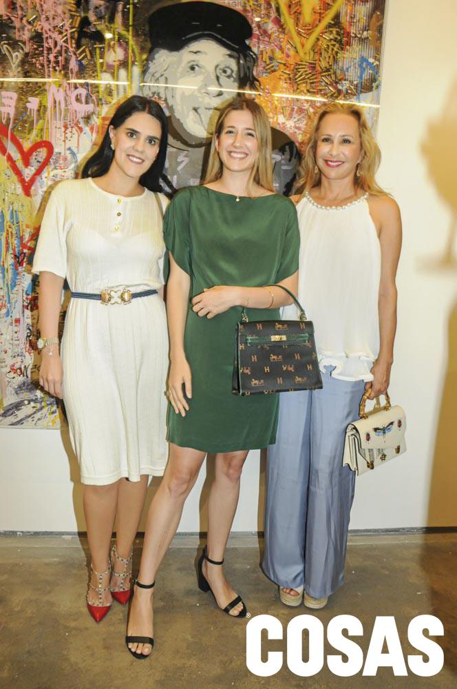 Antonella Carrión, Alejandra Salinas y Ana Mark