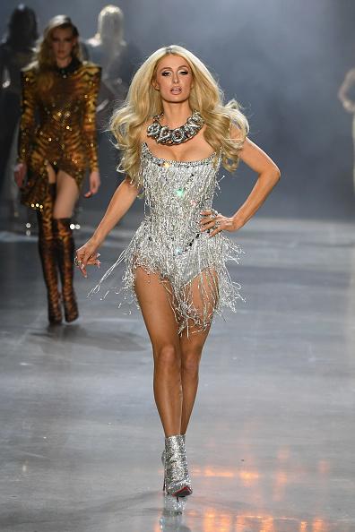 Paris Hilton Pasarelas