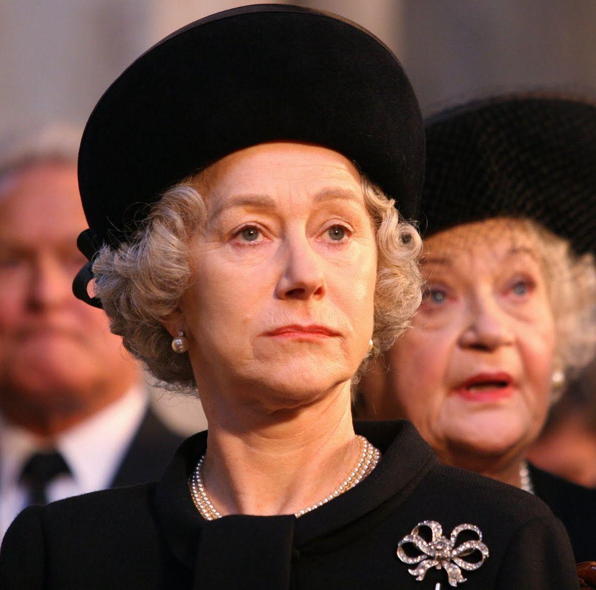 Helen Mirren como la reina Elizabeth II en The Queen (2006)