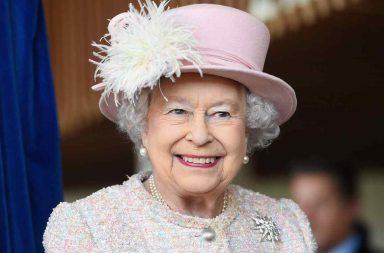 Reina Elizabeth II Coronavirus