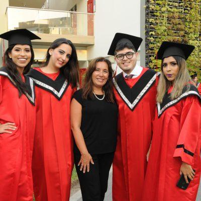 graduación Universidad de Ciencias Aplicadas 7