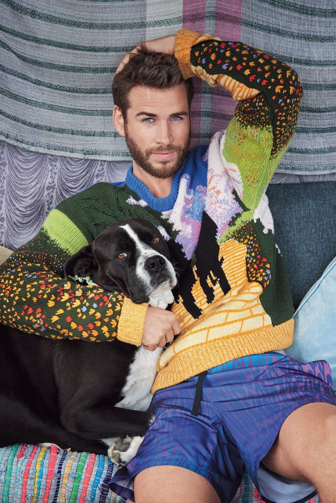 Liam Hemsworth mascota