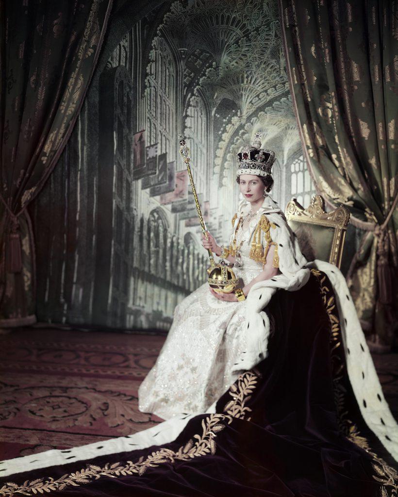 Elizabeth II soberana del Reino Unido 8