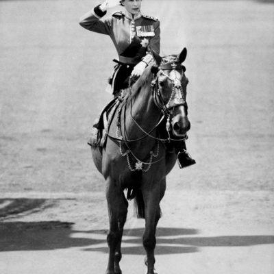 Elizabeth II soberana del Reino Unido 9