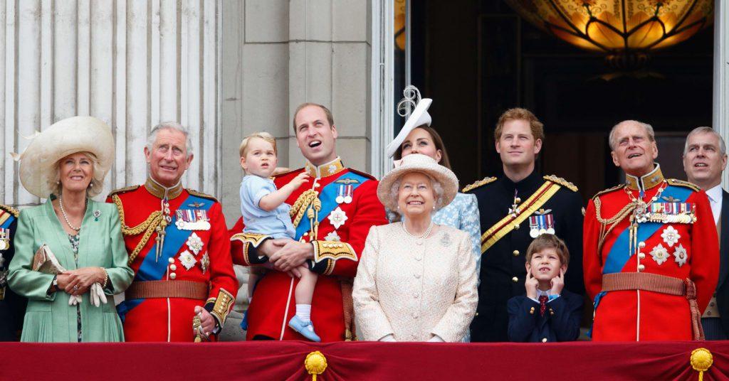 Elizabeth II soberana del Reino Unido 1