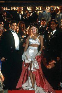 Madonna, vistiendo Jean Paul Gaultier, 1991