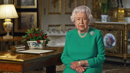 Reina aislamiento monarca