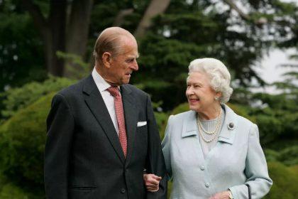 Reina Isabel aislamiento monarca