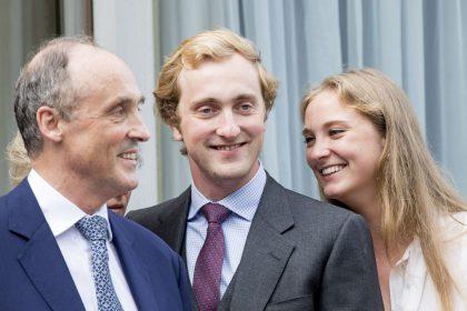 El príncipe Lorenz con dos de sus hijos, el príncipe Joachim y la princesa Luise Maria de Bélgica.
