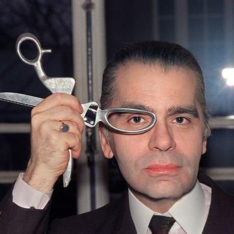 Karl Lagerfeld Subasta (1)