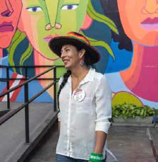 Gahela Cari es la primera mujer trans en postular al Congreso peruano.