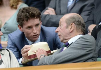 Eddie Redmayne y el Duque de Kent