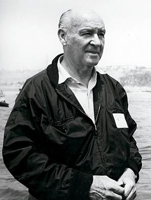 El arquitecto José Álvarez Calderón, fundador de la bahía y quien diseñó las casas y el hotel Paracas.