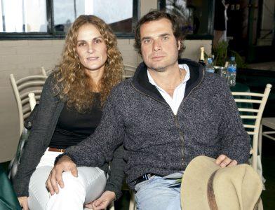 Denisse Hanza y Aldo Piaggio, en el Club Hípico