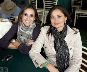 Gisella Angulo y Fernanda Angulo