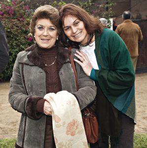 Stella Delgiudice y Elizabeth De Sánchez Aizcorbe