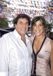 Celebración en el campo de padre e hija, 2006. Johnny Schuler y Rosemarie Schuler de Poppe