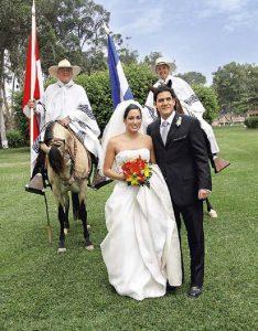 Matrimonio con misa criolla y caballos de paso, 2006. Verónica Roca Rey y Sergio Palacios