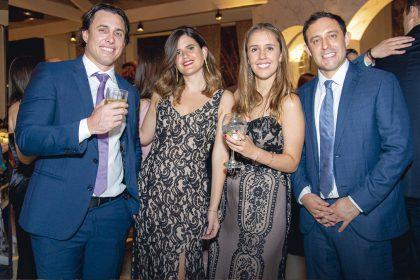 Juan Carlos Tassara, Melissa Gnädinger, Nicole Kradolfer y Jorge Ruiz, en el matrimonio de Gabriela Ibárcena.