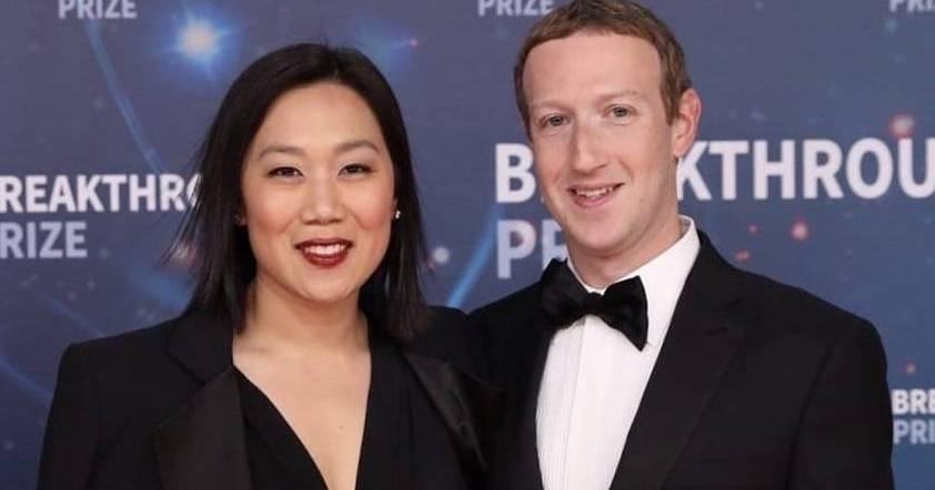 Mark Zuckerberg Se Une Al Club De Los Cienmilmillonarios
