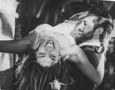 Los recién casados no pararon de bailar durante la fiesta posterior a la ceremonia.