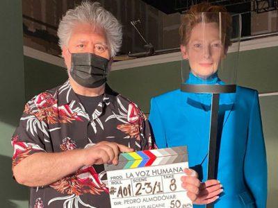 Tilda Swinton y Pedro Almodovar en el Festival de cine de Venecia