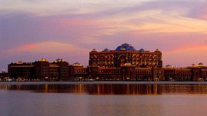 Digno de un rey: El Emirates Palace donde se aloja Juan Carlos I
