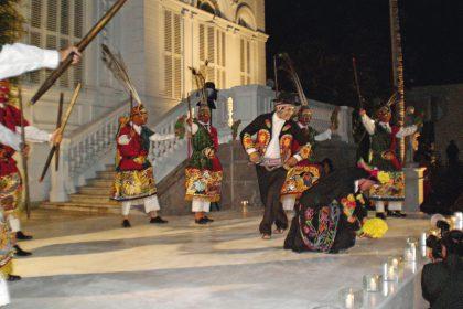 Matrimonio de Juan Diego Florez: Los invitados fueron recibidos con danzas típicas y caballos de paso.
