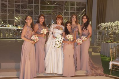 Milushka Carrasco, Mariela Piña, Magaly Medina, Úrsula CastreJón, Carla Dávila y Rita Romero.
