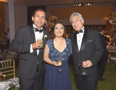 Jimmy Medina, Ana Jara y Raúl Bao.