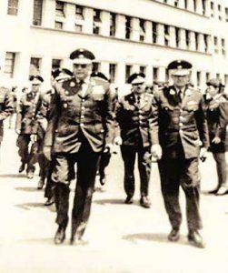 Los generales Ernesto y Alfonso Montagne Sánchez. Hospital Militar, c. 1970