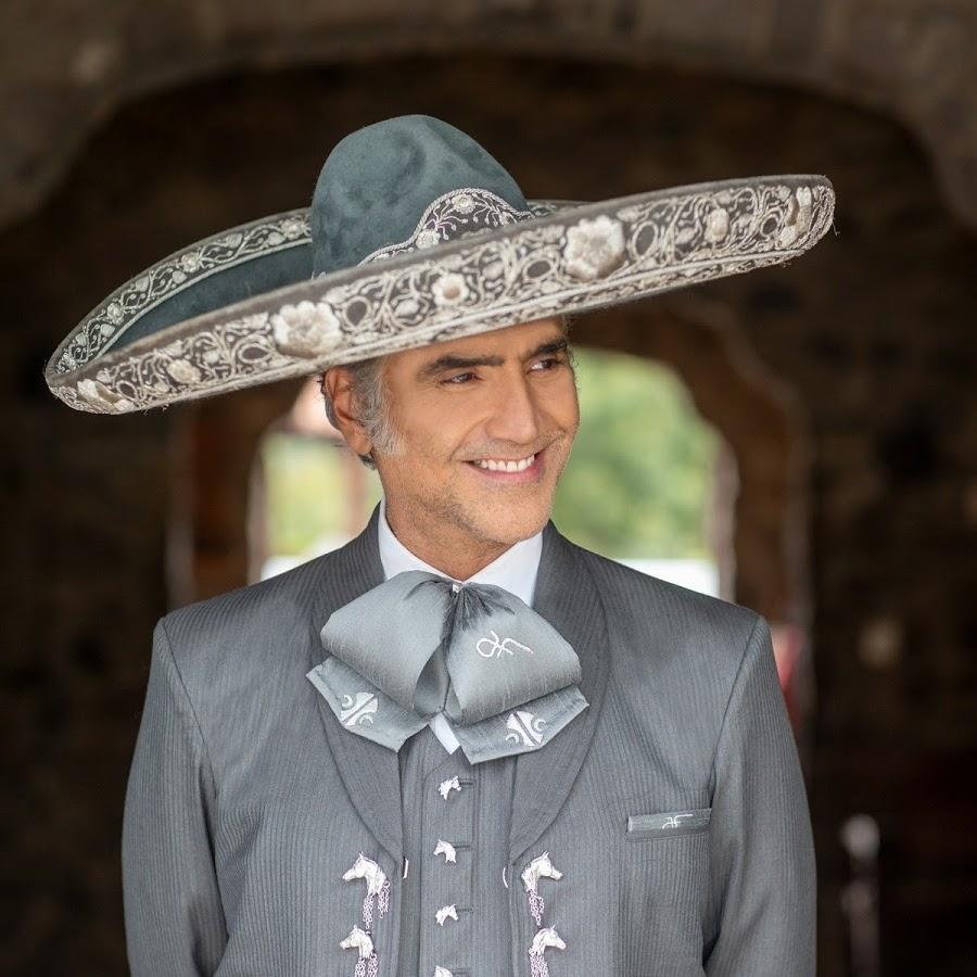 Alejandro Fernandez agenda cultural