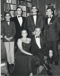 Con su esposa Ana María y sus hijos José Antonio, Juan, Pedro y Manuel.