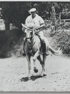 Manuel Pablo Olaechea montó a caballo hasta los 84 años.