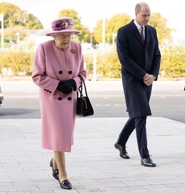 Reina Elizabeth II retomo su agenda presencial 5