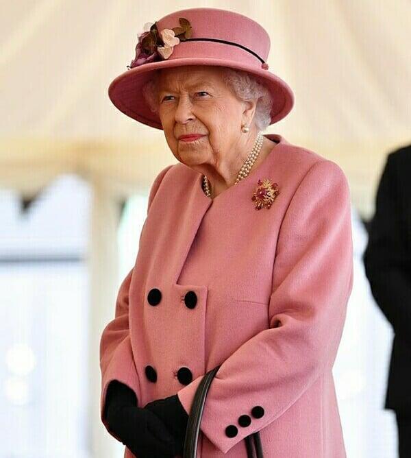 Reina Elizabeth II retomo su agenda presencial 3